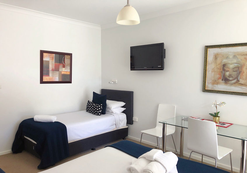 premium studio canbhol canberra accommodation holiday short term stay ACT