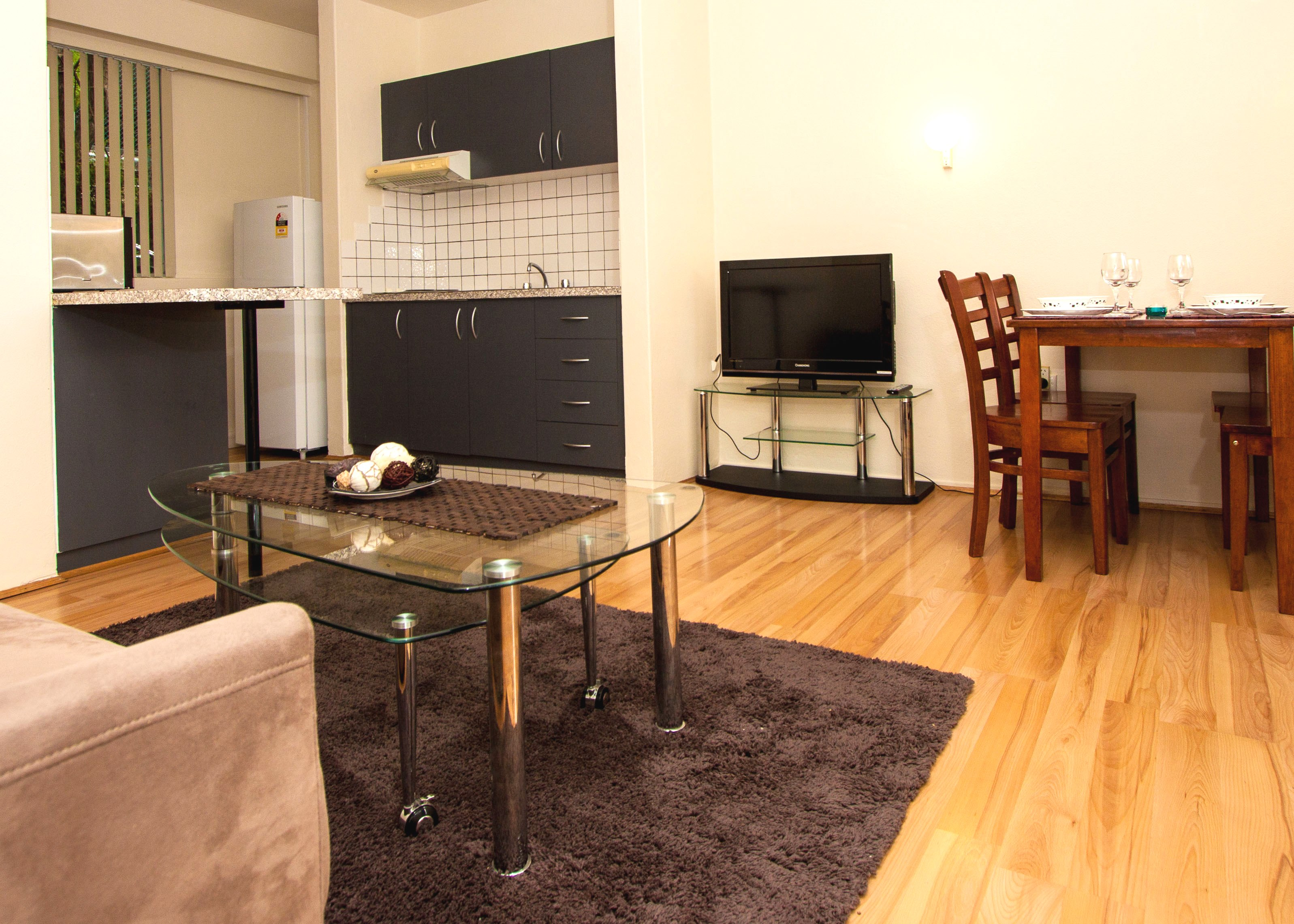 canberra short term holiday accommodation ACT rental unit serviced apartment