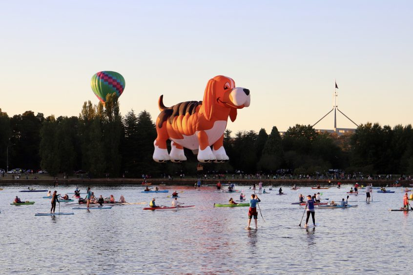 canberra balloon spectacular hot air short term holiday accommodation ACT budget hotel motel event visit