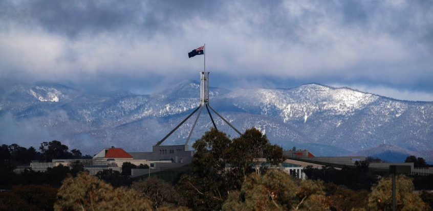 canberra short term holiday accommodation snow winter perisher thredbo corin forrest ski resort parliament house mountain