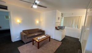 canberra short term holiday accommodation kitchen weekly nightly monthly rates tariff hotel motel ACT kitchen wifi parking