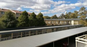 canberra short term holiday accommodation renovation balcony roof complete scenery nation capital budget hotel