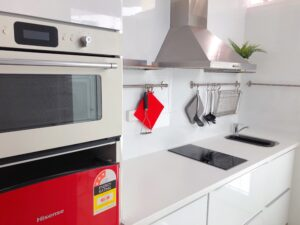 canberra short term holiday accommodation kitchen kitchenette extended stay savings hotel motel budget long
